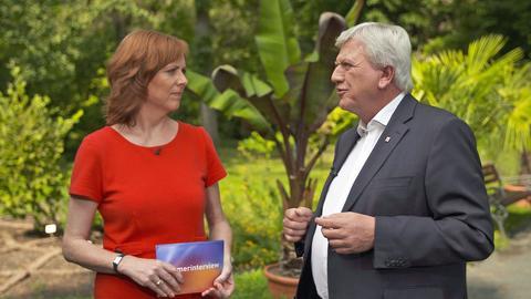 Ute Wellstein und Ministerpräsident Volker Bouffier