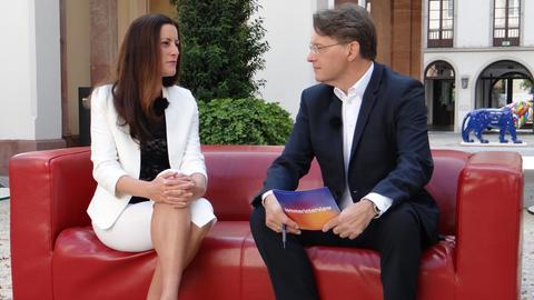 Linken-Fraktionschefin Janine Wissler im Sommerinterview mit Thomas Kreutzmann