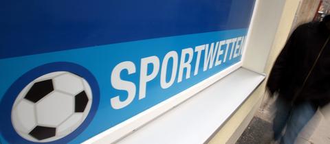 Schild mit Aufschrift Sportwetten