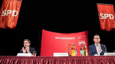 Juso-Bundesvorsitzender Kühnert  und SPD-Landeschef Schäfer-Gümbel in Oberursel