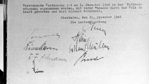 Ur-Exemplar der Verfassung des Landes Hessen vom 1.12.1946