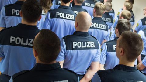 Die ersten 50 von geplanten 550 Wachpolizisten in Sachsen.
