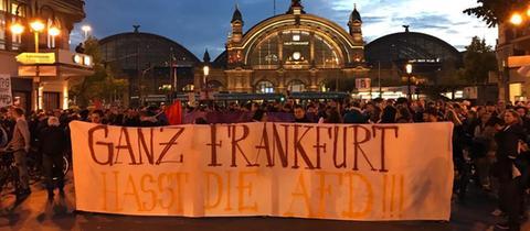 Anti-AfD-Protest am Abend der Bundestagswahl in Frankfurt