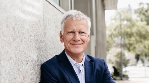 Dr. Thomas Kreuder