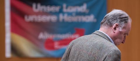 AfD-Bundesvize Alexander Gauland im Kommunalwahlkampf in Frankfurt