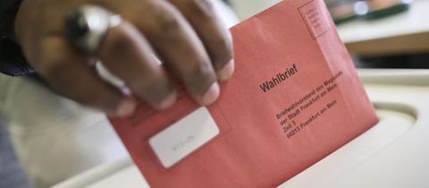 Wahlbrief in Frankfurt.
