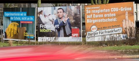 Wahlplakate in Frankfurt