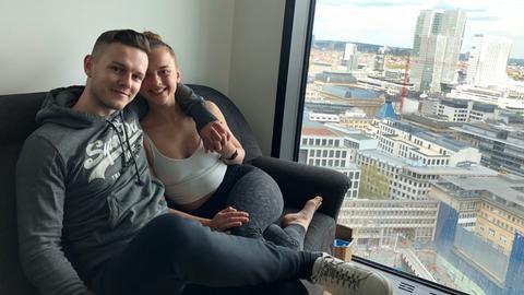 Omniturm-Mieter Philipp Schwigon und Freundin Lilian Nowicki
