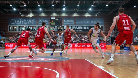 Lamont Jones gegen die Würzburg Baskets