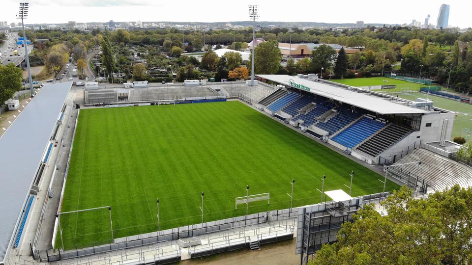 Das Stadion am Bornheimer Hang in Frankfurt