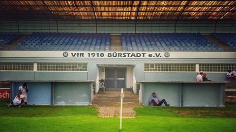 Das Stadion in Bürstadt.
