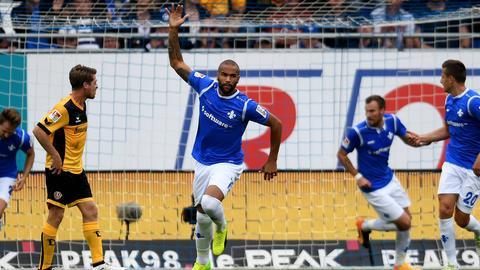 Terrence Boyd traf zur Darmstädter Aufholjagd im Heimspiel gegen Dresden.