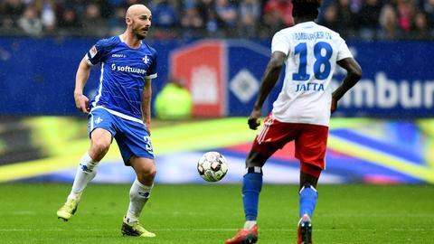 Patrick Herrmann und der SV Darmstadt 98 rennen einem Rückstand hinterher.