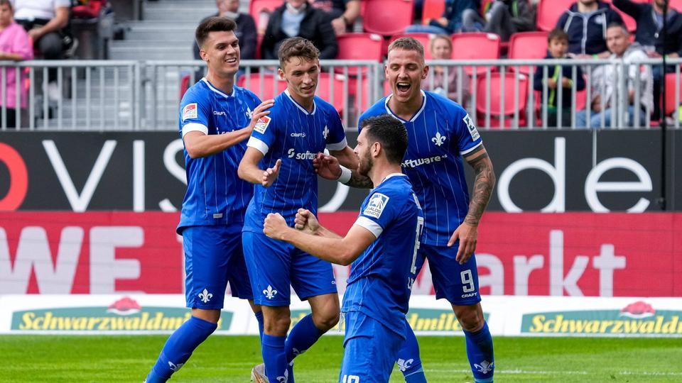 Luca Pfeiffer und seine Lilien-Teamkollegen gehen hochmotiviert ins Duell gegen Bremen.