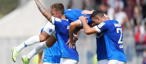 Der SV Darmstadt 98 jubelt gegen Ingolstadt