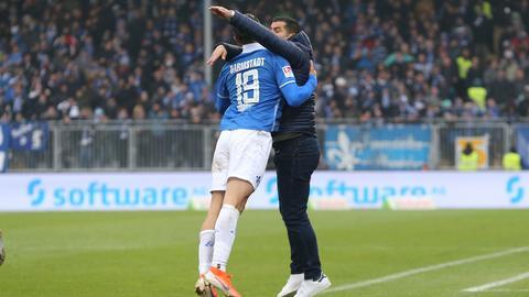 Serdar Dursun und Dimitrios Grammozis vom SV Darmstadt 98