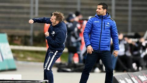 Wollen auch in Hamburg wieder jubeln: Dimitrios Grammozis (re.) und Co-Trainer Sven Thur.