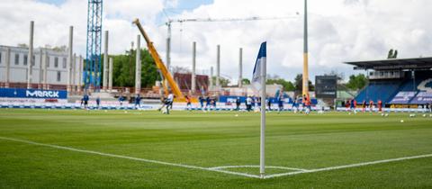 Das Stadion des SV Darmstadt, das gerade umgebaut wird.