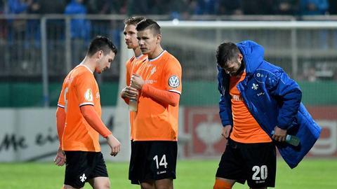 Enttäuschte Lilien-Spieler in Walldorf