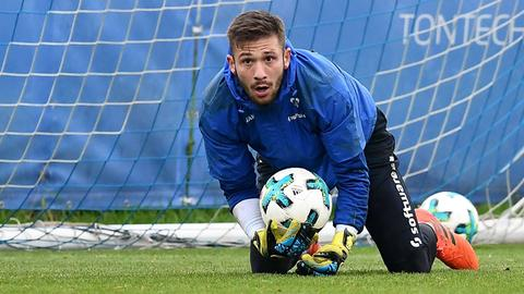Lilien-Keeper Heuer Fernandes im Training