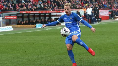 Fabian Holland am Ball