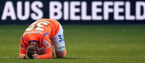Fabian Holland am Boden
