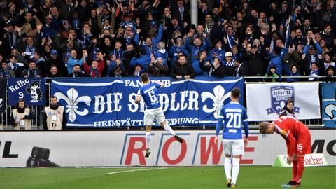 Marvin Mehlem bejubelt sein Tor gegen Kiel