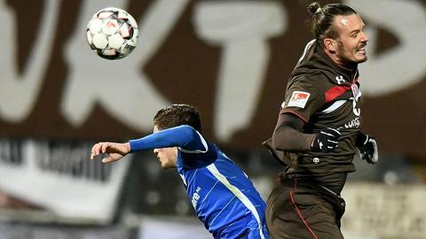 Alex Meier im Trikot des FC St. Pauli