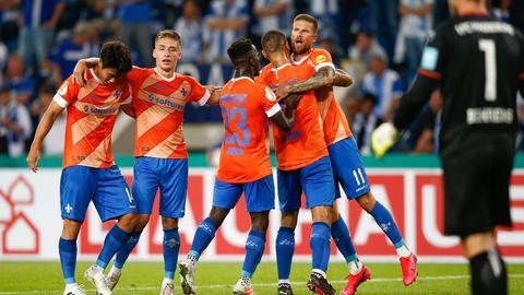 Darmstadt 98 jubelt nach einem verdienten Weiterkommen.