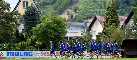 Lilien-Spieler im Trainingslager im Schwarzwald