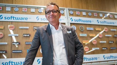 dpa Lilien-Trainer Norbert Meier