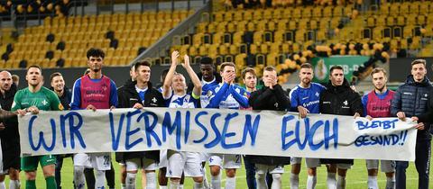 Lilien-Spieler nach Pokalerfolg in Dresden