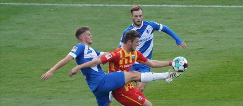 Lars Lukas Mai vom SV Darmstadt 98 im Spiel gegen den SC Paderborn