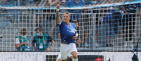 Phillip Tietz jubelt im Spiel gegen Ingolstadt.