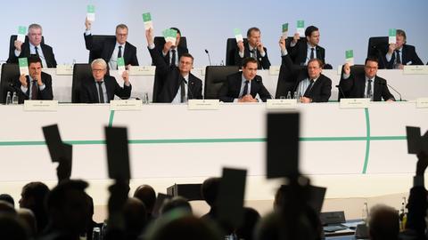 Abstimmung beim DFB-Bundestag in Frankfurt