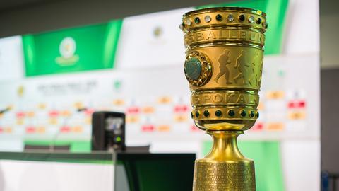 Der DFB-Pokal, die Trophäe