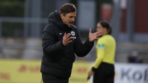 Trainer Niko Arnautis ärgerte sich über eine 1:2-Niederlage.