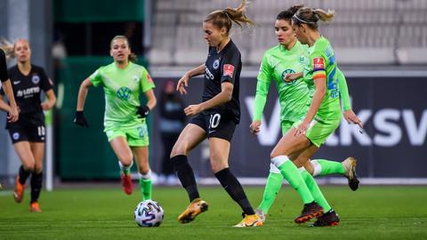 Laura Freigang von Eintracht Frankfurt im Spiel gegen den VfL Wolfsburg