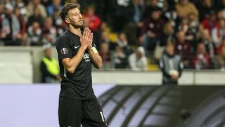 David Abraham muss sich nach der Arsenal-Pleite im Spiel gegen Dortmund steigern.