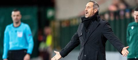 Eintracht-Trainer Adi Hütter hatte in Lüttich Grund zur Wut.