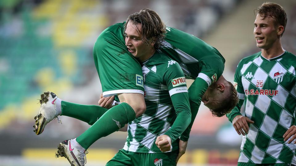 Transfer vorgezogen: Ali Akman ist schon bei Eintracht Frankfurt - hessenschau.de
