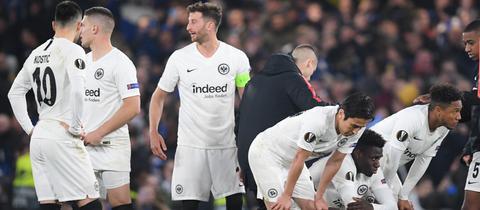 Spieler von Eintracht Frankfurt nach dem Spiel gegen den FC Chelsea.