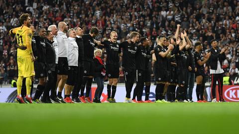 Eintracht bejubelt den Einzug ins Halbfinale