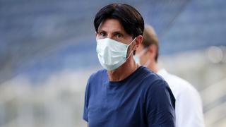 Eintracht-Sportdirektor Bruno Hübner mit Maske