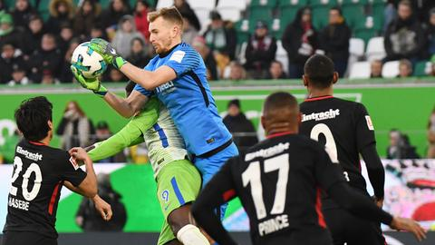 Lukas Hradecky und die Eintracht waren in Wolfsburg fast jederzeit Herr der Lage.