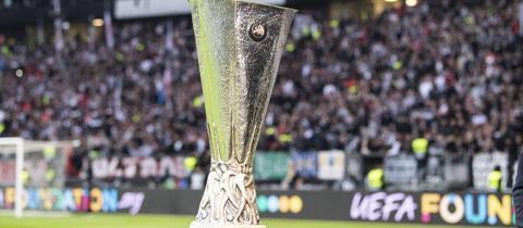 Die Trophäe der Europa League