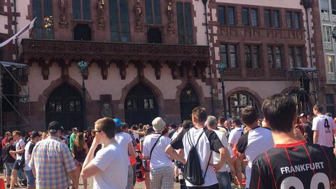 Eintracht-Fans am Römer