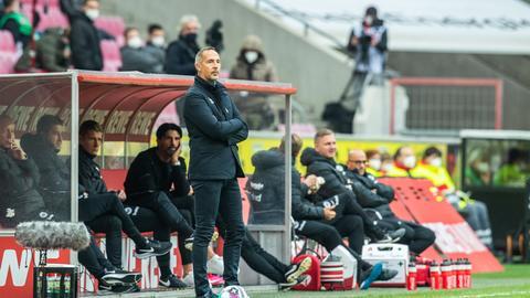Eintracht-Trainer Adi Hütter war nicht zufrieden nach dem 1:1.