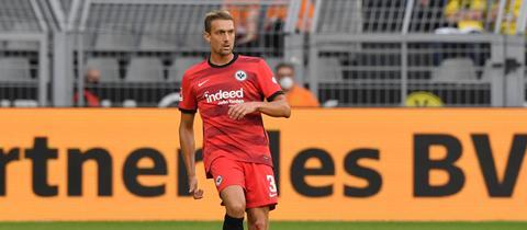 Eintracht-Innenverteidiger Stefan Ilsanker spielt bislang keine große Rolle bei Oliver Glasner.