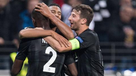 Die Spieler von Eintracht Frankfurt wollen auch in Limassol jubeln.